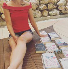 """Kati auf Instagram: """"📚liebste Buchhreihe Tag 3 der Lesechallenge von @sinas.leseliebe und @bookfan_98 steht unter dem Motto liebste Buchreihe. Das war eine…"""" Thriller Books, Motto, T Shirts For Women, Instagram, Tops, Fashion, Moda, Fashion Styles, Fashion Illustrations"""