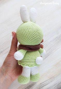 Amigurumi Sunny Bunny crochet pattern