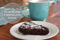 Flourless Chocolate Cake recipe (+ my Trim Healthy Mama version)