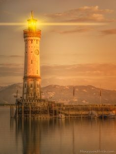 Photograph LINDAU LIGHTHOUSE II by Henry von Huch on 500px