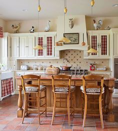 #Country #Kitchen. (Via Better Homes and Gardens www.bhg.com)