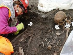 Bedlam burial ground: Archaeologists excavating 3,000 skeletons from under London's Liverpool Street station    http://www.independent.co.uk/news/science/archaeology/bedlam-burial-ground-archaeologists-excavating-3000-skeletons-from-under-londons-liverpool-street-station-10098576.html
