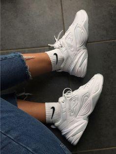 white nike sneakers always a good shoe choice sneakers white ootd nike white nike sneakers always a good shoe choice sneakers white ootd nike white nike sneakers always a good shoe choice sneakers white ootd nike Nike Looks, Sneakers Mode, Sneakers Fashion, Fashion Shoes, Fashion Dresses, White Nike Shoes, White Nikes, Nike Heels, Shoes Heels