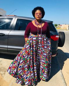 African Print Fashion, African Prints, Fashion Prints, African Wear Dresses, African Outfits, African Traditional Wear, Ladies Skirts, African Design, African Women