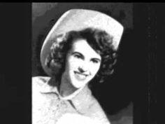 Wanda Jackson - Right Or Wrong 1961 (Country Music Greats) - YouTube