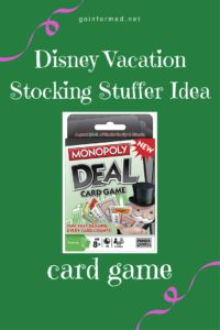 Perfect pocket-sized gifts for a trip to Disney. Love these Disney vacation surprise ideas for a Christmas stocking. Disney World Gifts, Walt Disney World Vacations, Disney Trips, Disney Vacation Surprise, Disney Honeymoon, Disneyland Tips, Disneyland Christmas, Orlando Theme Parks, Mickey Mouse
