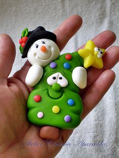 You are in the right place about cornstarch Clay Ornaments Here we offer you the most beautiful pictures about the scandinavian Clay Ornaments you are look Polymer Clay Ornaments, Cute Polymer Clay, Cute Clay, Fimo Clay, Polymer Clay Projects, Polymer Clay Creations, Clay Beads, Clay Christmas Decorations, Christmas Cake Topper