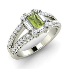 Emerald-Cut Peridot Ring in 14k White Gold with VS Diamond,SI Diamond,SI Diamond