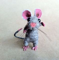 "Ooak Mouse Tiny 2"" Vintage Miniature Dollhouse Style Wool Needle Felt Room Box"