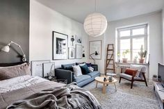 A dreamy Scandinavian apartment in shades of blue and grey - Daily Dream Decor Studio Apartment Layout, Studio Apartment Decorating, Apartment Interior, Apartment Living, Studio Layout, Apartment Ideas, Deco Studio, Studio Apt, Tiny Studio