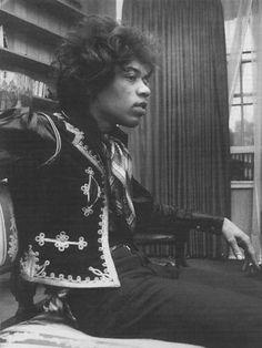Jimi Hendrix. He looks so young and boyish...