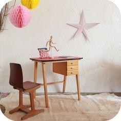 Bureau d 39 enfant on pinterest bureaus old school desks and bureau vintage - Petit bureau vintage ...