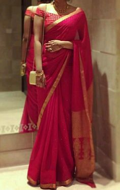 - Source by - Silk Saree Blouse Designs, Fancy Blouse Designs, Blouse For Silk Saree, Sari Dress, Red Saree, Saris, Stylish Blouse Design, Latest Design Of Blouse, Sarees For Girls