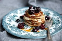 These simple light and coco-nutty hot cakes make for a spectacular spring break