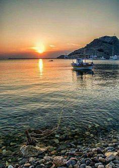 Sunset in Limnos island, North Aegean Sea, Greece The Beautiful Country, Beautiful Sunset, Beautiful World, Beautiful Places, Mykonos, Santorini, Samos, Seen, Sunset Photos