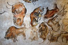 Reproduction of a Paleolithic cave painting of bisons from the Altamira cave Cantabria Spain (replica) painted c. (Thomas Quine/CC BY SA Paleolithic Art, Cave Drawings, Oil Painting Lessons, Prehistoric World, Art Antique, Tempera, Animal Paintings, Modern Paintings, Rock Art