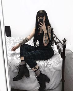 ***I do not own any of these pictures*** Lover of all things alternative Goth Girl Outfits, Cute Grunge Outfits, Gothic Outfits, Edgy Outfits, Dark Fashion, Grunge Fashion, Gothic Fashion, Aesthetic Grunge Outfit, Aesthetic Clothes