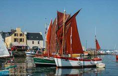 Bateaux traditionnels au port du Fret. Une culture maritime en presqu'île de Crozon   Finistère Bretagne