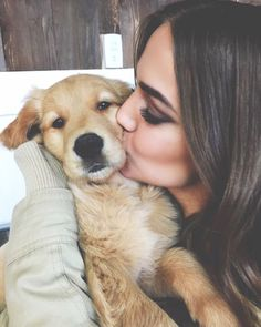 5 Ways How To Show Your Dog Love That They Can Understand - 5 Ways How To Show Your Dog Love That They Can Understand There is a good reason why dogs are the - Photos With Dog, Dog Pictures, Animal Pictures, Family Photos, Cute Puppies, Dogs And Puppies, Baby Puppies, Chien Golden Retriever, Golden Retrievers