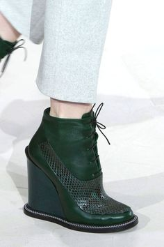 Acris Green Wedge Heel Ankle Boots Fall 2014 #Wedges #Shoes #Booties