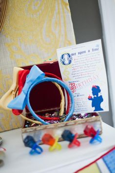 snow white party -- How sweet!-- cute idea for little glasses too- follow link