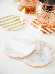 DIY metallic foil and marble drinks coasters - perfect handmade gift for father's day! - BirdsParty.com