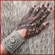 Dulhan Mehndi Designs For Feet And Full Arm