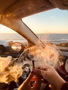 Smoke weed in your car Badass Aesthetic, Bad Girl Aesthetic, Girl Smoking, Smoking Weed, Rauch Fotografie, Fille Gangsta, Gangsta Girl, Cigarette Aesthetic, Smoke Photography