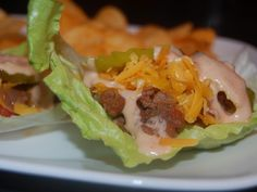 Cheeseburger Lettuce Wraps (great for no-carb Phase ~ serves 404 calories per serving. No Carb Recipes, Atkins Recipes, Beef Recipes, Cooking Recipes, Atkins Meals, Banting Recipes, Recipies, Atkins 40, Atkins Diet Recipes Phase 1