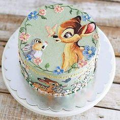Stunning Cute Cartoon Birthday Cake Ideas - Page 4 of 5 - Vida Joven Crazy Cakes, Fancy Cakes, Cute Cakes, Pink Cakes, Camo Wedding Cakes, White Wedding Cakes, Gorgeous Cakes, Amazing Cakes, Cartoon Birthday Cake
