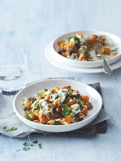 Pilaf je hvězda blízkovýchodní kuchyně – když v něm nahradíte maso dýní a houbami, stanete se v kuchyni hvězdou i vy! Bruschetta, Curry, Vegan, Cooking, Ethnic Recipes, Food, Kitchen, Curries, Essen
