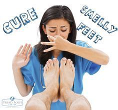 There are some ways to get rid of foot odor from socks. Anyway, today I'll give you some tips to remove foot odor from socks. To remove foot odor . Homemade Foot Soaks, Diy Foot Soak, Foot Soak Vinegar, Foot Soak Recipe, Baking Soda For Hair, Thyme Essential Oil, Foot Remedies, Natural Remedies, Foot Odor