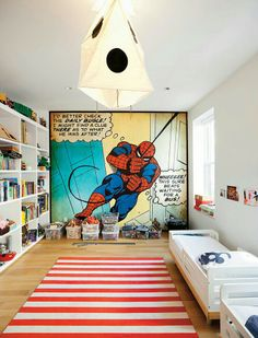 This room will take your superhero loving toddler all the way to his teenage years thanks to the unique design! #SproutingUp