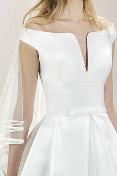 Robes de mariée Jesus Peiro Versailles 0bf7369b3be