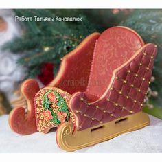 Набор форм №315 *Сани* ,5 шт Срок выполнения заказа до 7 дней (от момента проплаты до отправки). Изготовлено из экологически чистого пластика, не рекомендуется мыть в посудомоечной машине. Christmas Sugar Cookies, Christmas Cupcakes, Christmas Sweets, Kinds Of Cookies, Cookies And Cream, Royal Icing Decorated Cookies, Ginger Bread House Diy, Cupcake Pictures, Chocolate Diy