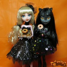 Happy Halloween! From Dollightful. Monster High Draculaura Purrsephone Meowlody Ooak Repaint Face Up Custom Doll
