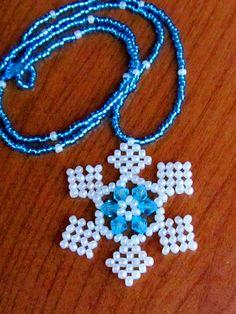 Free pattern for Snowflake pendant
