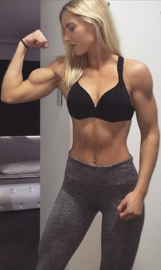How To Get A Physically Fit Body. Lots of people dream about having a healthier, better-looking body through physical cardio fitness. Unfortunately, not many people reach their goals. Girls With Abs, Ripped Girls, Gym Girls, Girls Who Lift, Muscle Fitness, Fitness Tips, Fitness Models, Ripped Fitness, Fitness Women
