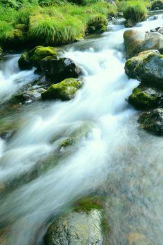 Flow of pleasant water