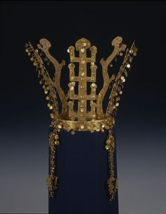 Silla gold crown - Crowns of Silla - Korea