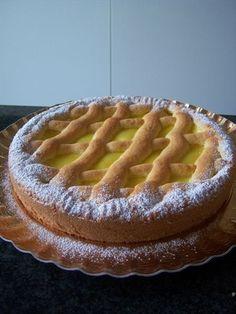 la fresca crostata della nonna, aromatizzata al limone