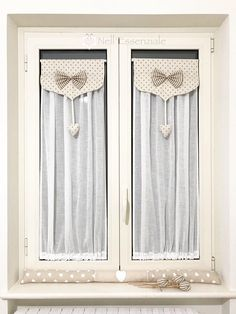 Best 12 Modern Home Curtain Designs Ideas – SkillOfKing. Shabby Chic Vanity, Shabby Chic Curtains, Net Curtains, Home Curtains, Bathroom Curtains, Home Decor Kitchen, Diy Home Decor, Rideaux Shabby Chic, Front Doors With Windows