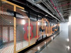 Making Connections: Gensler Delivers Open Office for Motorola | Projects | Interior Design