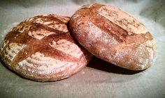 Pan con harina ecológica de trigo molida en molino de piedra (Rincón del Segura)