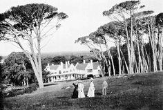 Groote Schuur, Cape Town The Cape Town residence of Cecil Rhodes 1908 Old Pictures, Old Photos, Cities In Africa, Cape Dutch, Desert Life, Cape Town South Africa, Most Beautiful Cities, Historical Pictures, African History