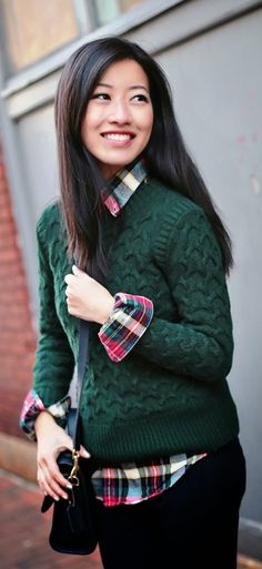 Cozy Green Sweater Winter Outfit : Street Style : MartaBarcelonaStyle's Blog