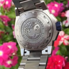 The beautiful dive watch: Armand Nicolet