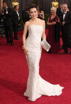 Li Bingbing Photos Photos - The 84th Annual Academy Awards at the Hollywood & Highland Center in Hollywood, California on February 26, 2012<br /> <br /> Pictured: Li Bingbing - The 84th Academy Award Arrivals: A