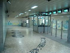 Júlio Resende   Estação / Station Jardim Zoológico   Metropolitano de Lisboa / Lisbon Underground   1995 #Azulejo #JúlioResende #MetroDeLisboa
