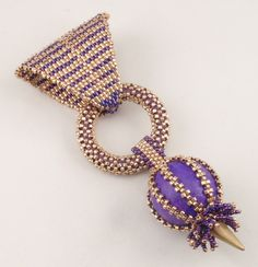 Beading tutorial for egyptian queen pendant jewelry pattern - Diy Necklace Deko Seed Bead Necklace, Seed Bead Bracelets, Beaded Bracelet Patterns, Beading Patterns, Art Patterns, Knitting Patterns, Bead Jewellery, Pendant Jewelry, Beads And Wire